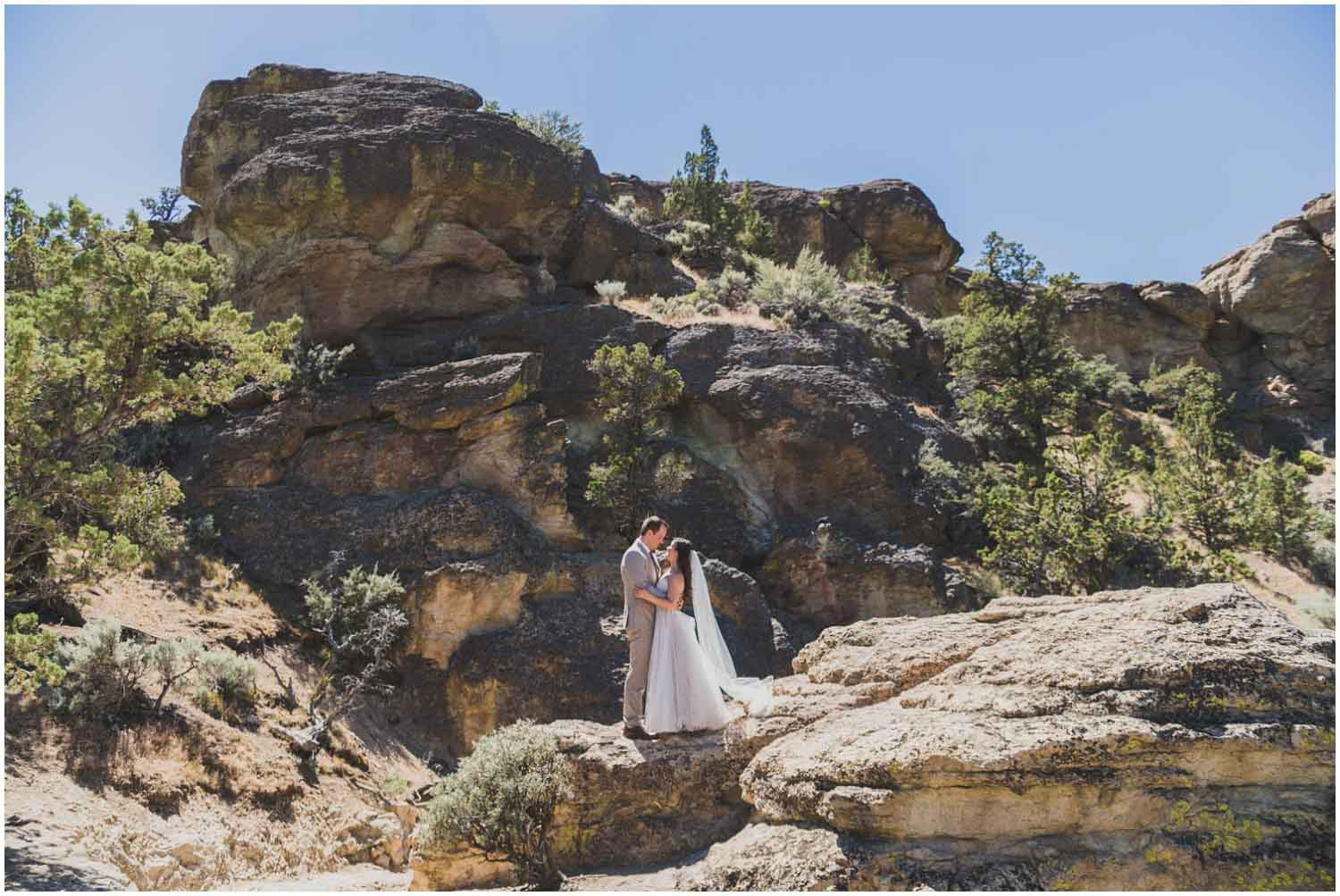 bride and groom adventure portraits on misery ridge trail smith rock bend oregon